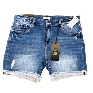 NWT Kensie Cutoff Jean Shorts sz 12